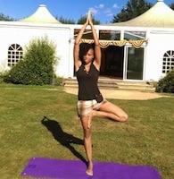 Aliyat Bénard partenaire de Eté Indien Editions est coach de yoga pour seniors