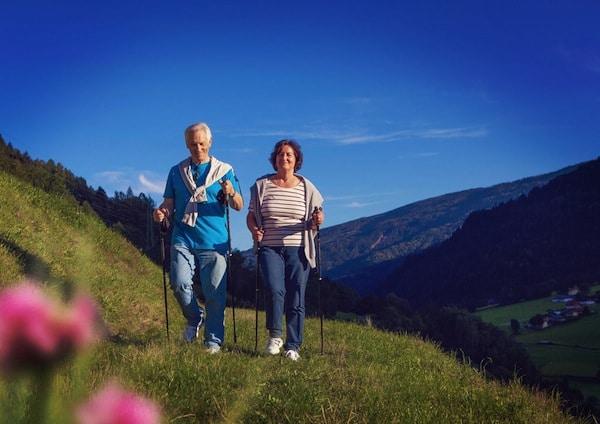 La marche, le partenaire santé des seniors