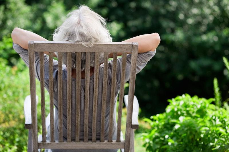 une senior habitant dans une résidence services