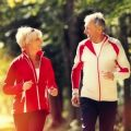 faire du sport en couple quand on est senior
